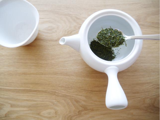 白茶 いれる